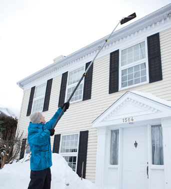 Clearing Your Roof With Snow Roof Rakes