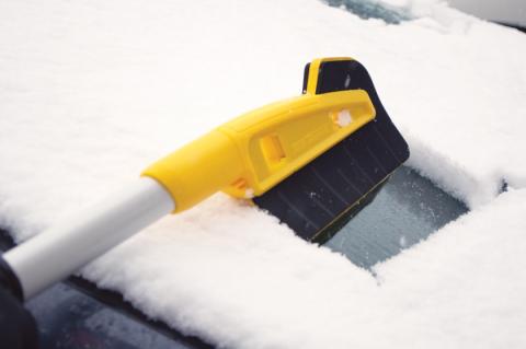 True Temper® Introduces Innovative Snow Brush